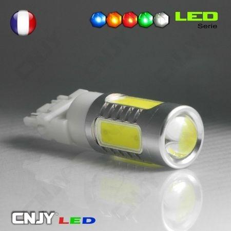 1 AMPOULE LED 8W 12V HLU T25 3157 TYPE W27/7W P27/7W