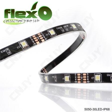 Bande led flexible IP68 Vert 30led/M 5050 SMD Adhésive à fond noir 12V