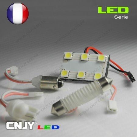 1 PANNEAU ADHESIF AVEC PRISE C5W 12V A 6 LED SMD 31 à 42MM