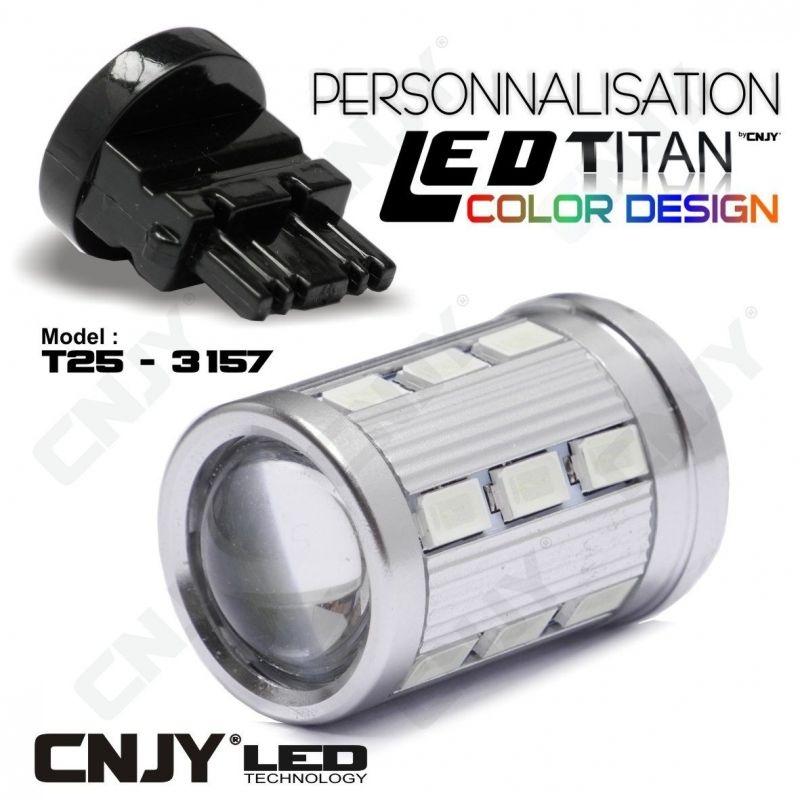 1 AMPOULE TITAN PERSONNALISATION T25-3157-W27/7W BASE 18 LED 5630 + 2 CREE LED 10W DANS LA LENTILLE