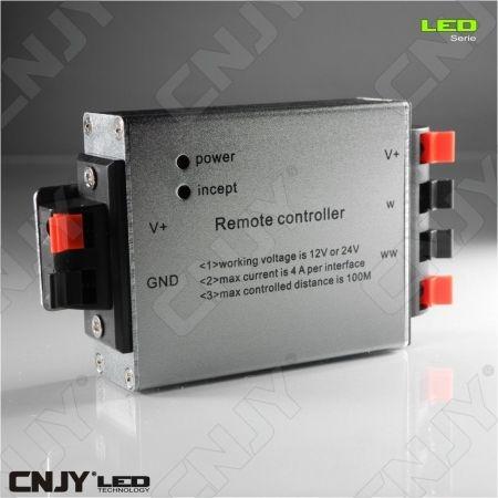 CONTROLEUR VARIATEUR BLANC CHAUD/FROID POUR BANDE LED AVEC TELECOMMANDE (DC12-24V)