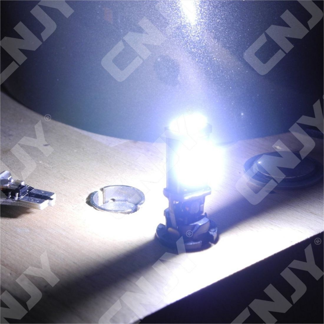 1 AMPOULE LED T15 W16W CANBUS CORE4 ANTI ERREUR ODB